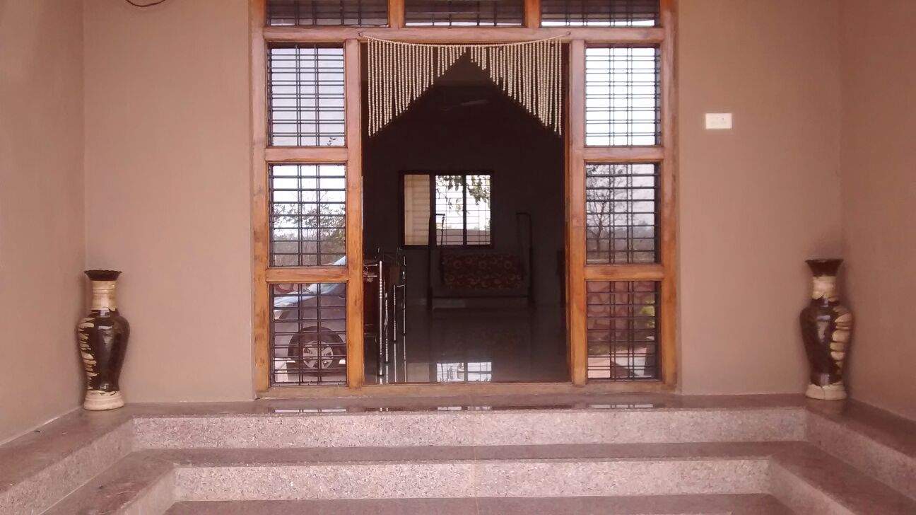 Huge Beautiful Bungalow For Sale at Karjat